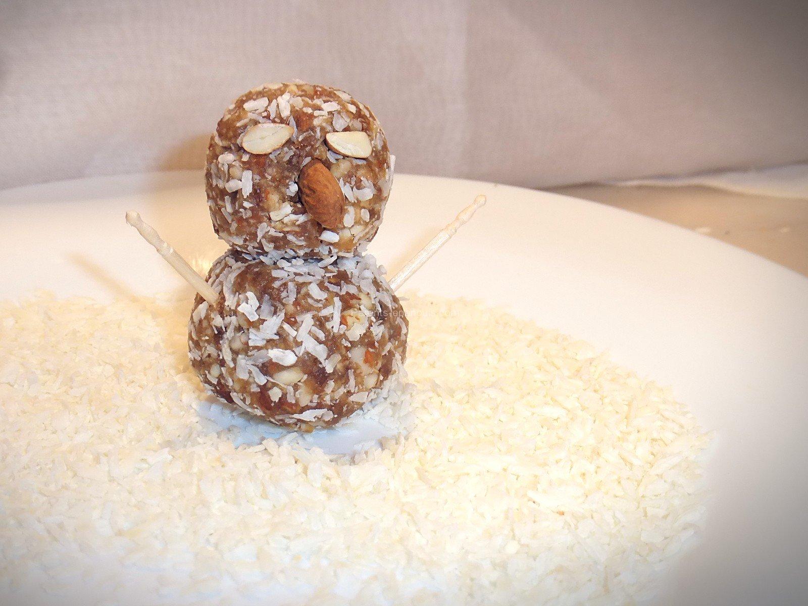 recette goûter bonhomme de neige, sans lait, sans gluten, sans sucre ajouté, parents-epanouis.com